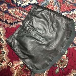 Karina Grimaldi Jacob Black Leather Skirt Size XS